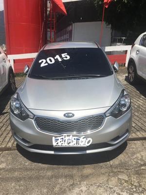 Kia Cerato Motor 1.6 2015 Prata 5 Portas