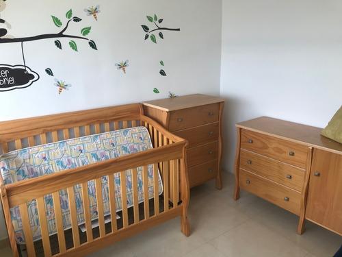 Juego De Cuarto Bebé En Madera - 375