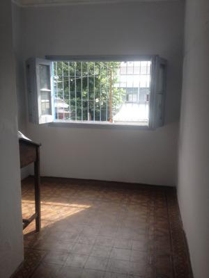 Casa Ph Planta Alta 150mt Escritura Luz Barrio Norte Tucumán