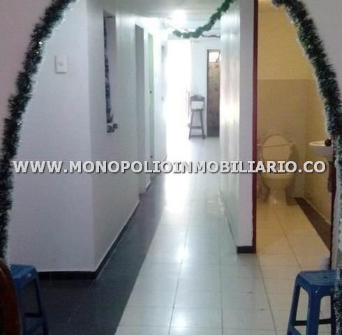 Local Venta - Sector Manrique, Medellin Cod: 16030