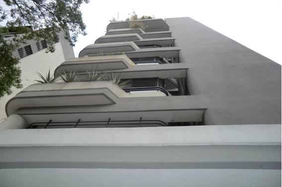 Apartamento En Venta - Las Acacias - 16-5899