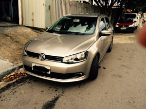 Volkswagen Voyage 1.6 Vht Highline Total Flex 4p