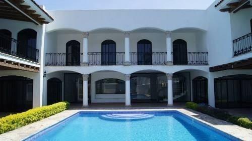 Bella Hacienda Tipo Neoclásico, En Colima