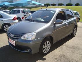Toyota Etios 1.3 16v Xs 5p Bem Conservado