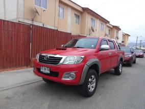 Toyota Hilux, 4x4 160000 Kms Año 2013