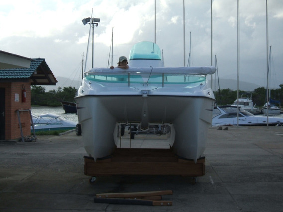 Lancha Catamarâ Thop Boats/vom Wasser