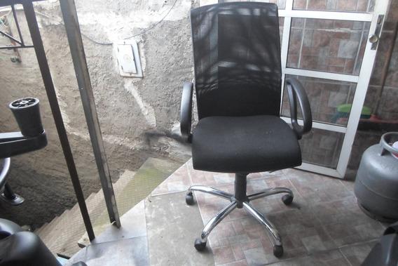 Cadeira Presidente Com Rilex E Cicla Tela 200,00