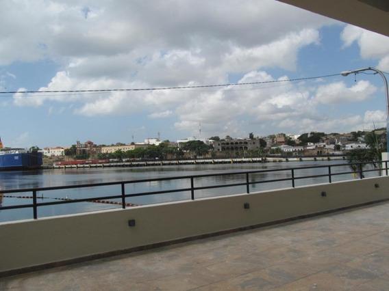 Apartamento En Venta Frente Al Puerto Sans En Zona Colonial