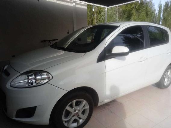 Fiat Palio Attractive 2015
