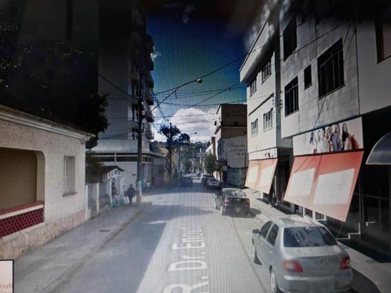 Apartamento Em Caxambu Sul De Minas Com 02 Quartos , Sala , Cozinha , Banheiro , Centro De Caxambu. - 327