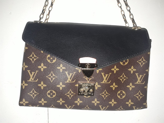 Cartera Louis Vuitton ,con Un Detalle