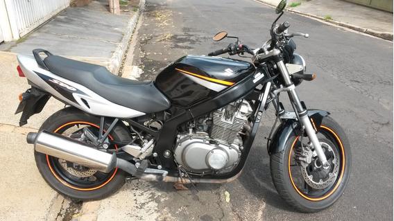 Vende-se Moto Suzuki Gs 500e 2007/08