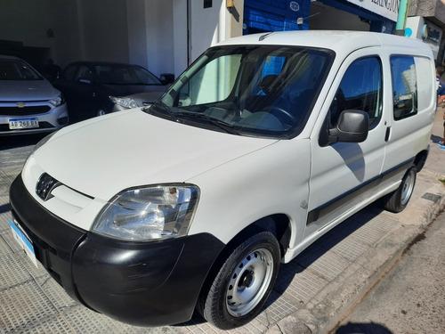 Peugeot Partner Confort 1.6 Hdi Vidriado Asientos Homologado