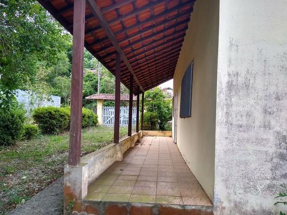 Ótima Chácara Em São Roque / Bem Localizada