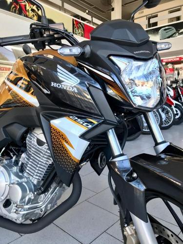 Honda Cb 250 Twister Nuevo Modelo En Genamax!