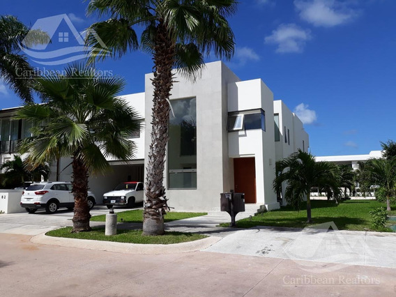Casa En Venta En Puerto Cancun/zona Hotelera