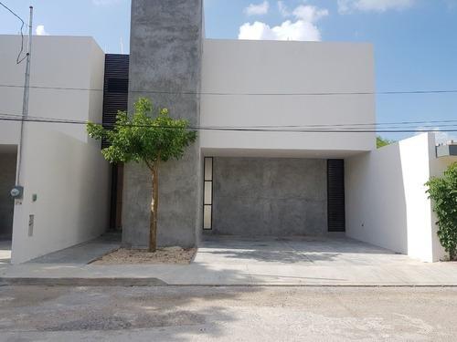 Casa En Santa Maria, Mérida