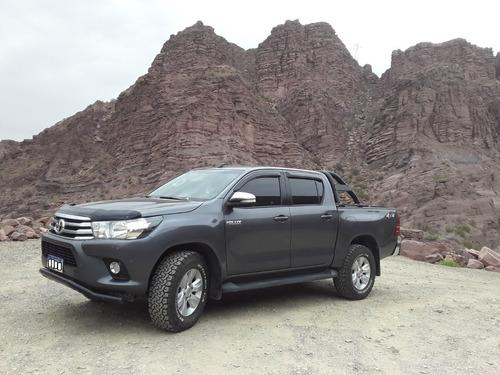 Toyota Hilux D/c Srv 4x4 M/t