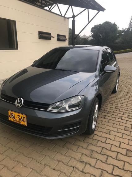 Volkswagen Golf - Gris Platino Metálico, 5 Puertas