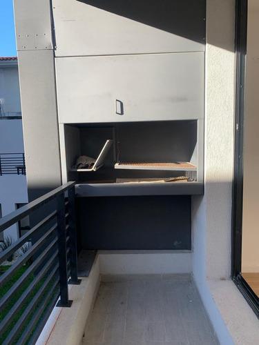 Apartamento 1 Dormitorio  Con Parrillero!