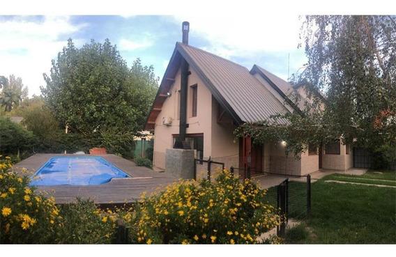 Casa 4 Dormitorios En Confluencia Rural