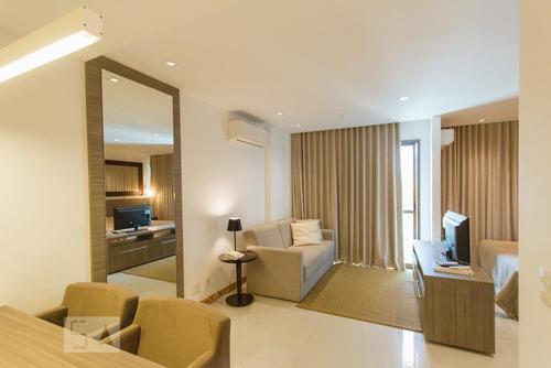 Apartamento À Venda - Jacarepaguá, 1 Quarto,  35 - S892921286