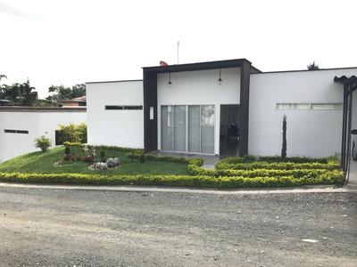 Casa Ambiente De 3 Habitaciones Y 2 Baños