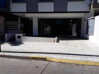 Local Pleno Centro Villa Carlos Paz 130 M2