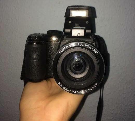 Camera Semi Profissional Fujifilm 30x(enviando Normalmente)