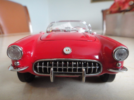 Miniatura Chevy Corvette 1957 - 1/24 - Frankilin Mint