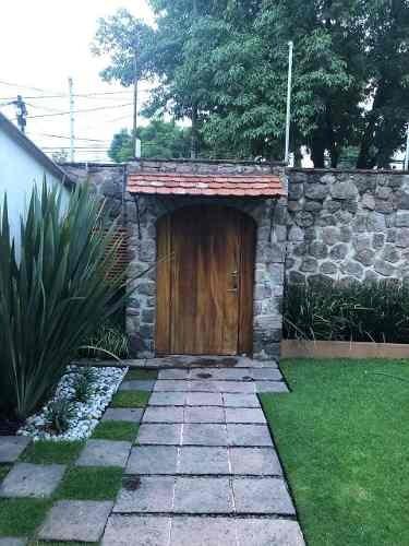 Casa En Venta En El Pedragal