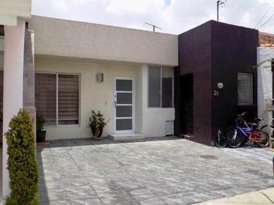 Casa De Un Solo Nivel En Coto En La Col. Virreyes Residencia