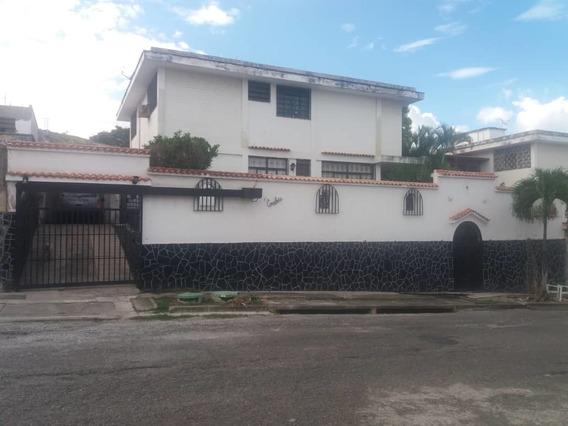 En Venta Hermosa Casa En Vista Alegre- Dc 04123904844
