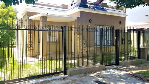 Imagen 1 de 14 de Casa Americana Refaccionada A Nuevo, Prop Retasada