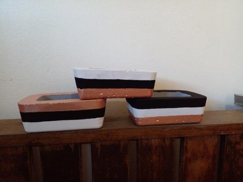 Imagem 1 de 4 de Mini Floreira Para Suculentas E Mini Cactos. Kit 3 Unidades.