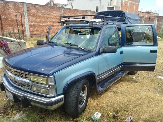 Chevrolet Suburban Suburban Sle 2500
