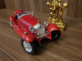 Alfa Romeo 8c 2300 1932 1:18