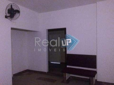 Real Up Vende, Sala 2 Quartos, No Coração De Copacabana. - 19133
