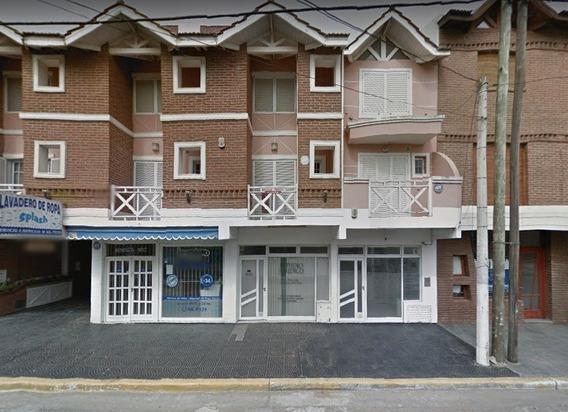 Venta Local En La Lucila Mendoza Al 4600