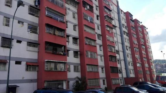 Apartamento En Venta Caricuao Rah: 18-15391