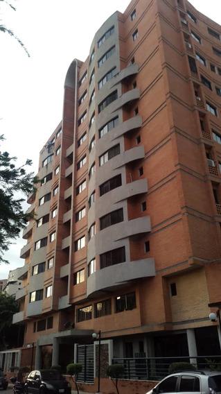 Apartamento Tipo Estudio De Lujo En Los Mangos