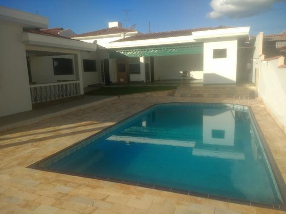 Casa Em Vargem Grande Do Sul .