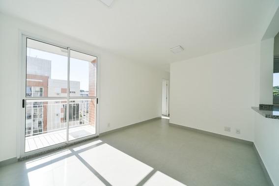Apartamento Em Cristal Com 3 Dormitórios - Cs31004688