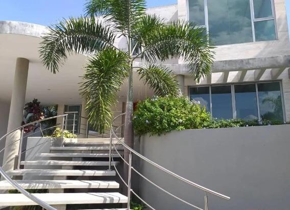 Yosmar Muñoz Vende Casa En Altos De Guataparo Asc-004
