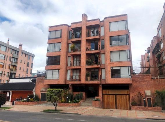 Apartamento En Arriendo Chico Navarra 491-530