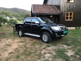 Toyota Hilux Doble Cabina Leyenda