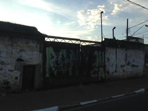 Terreno De Esquina Em Poá, 650 M², Próximo A Estação - Te0004