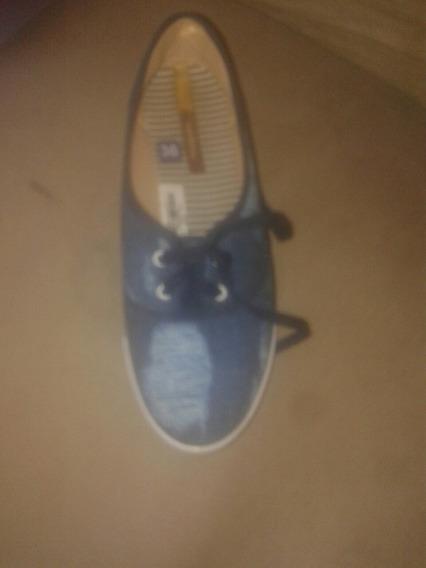 Par De Sapato Cor Azul Ainda Não Uzado