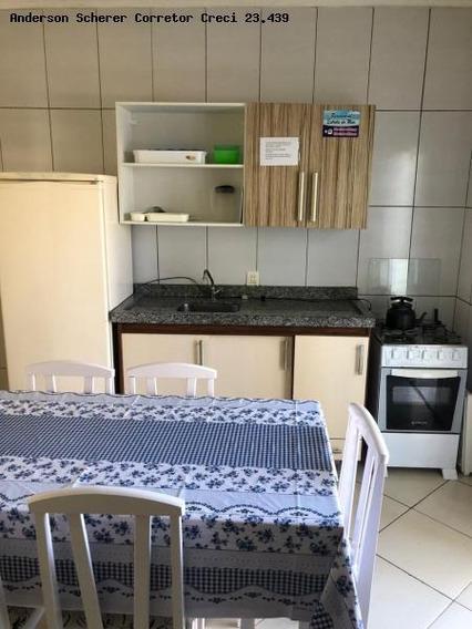 Apartamento Para Temporada Em Porto Belo, Perequê, 2 Dormitórios, 1 Banheiro, 1 Vaga - Em1b