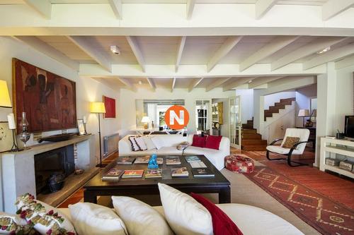 Casa En Venta, Golf, Punta Del Este, 4 Dormitorios.- Ref: 206972